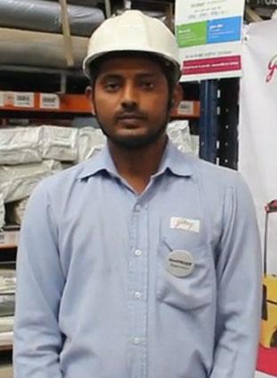 Warehouse supervisor testimonial speaking about Godrej RenTRUST