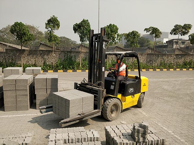 brick handling